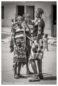 FOTO AFRICA ETIOPIA JOVENES HAMER