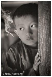 BIRMANIA MYANMAR NIÑO